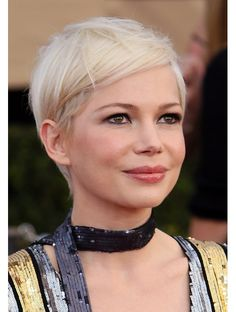 Makeup Ideas: Beauty Michelle Williams at the Screen Actors Guild Awards . Makeup Ideas: Beauty Michelle Williams at the Screen Actors Guild Awards Haircut For Older Women, Haircuts For Fine Hair, Best Short Haircuts, Pixie Hairstyles, Short Hair Cuts, Short Hair Styles, Fine Hair Pixie Cut, Pixie Haircut Fine Hair, Really Short Hair
