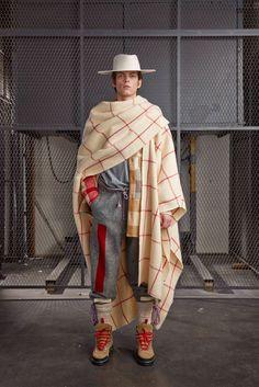 Off-White Fall 2015 Menswear Collection - Vogue Boho Fashion, Fashion Show, Mens Fashion, Fashion Design, Fashion Trends, Milan Fashion, Space Fashion, Mens Poncho, Inspiration Mode