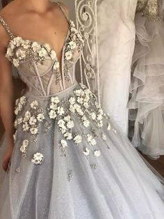 Sparkly Prom Dress, Long Floor Length ball gown quinceanera dresses Evening Dresses Glamorous Prom Dress light gray Graduaction Dresses These 2020 prom dresses include everything from sophisticated long prom gowns to short party dresses for prom. Classy Prom Dresses, Chic Wedding Dresses, Floral Prom Dresses, Dance Dresses, Ball Dresses, Elegant Dresses, Pretty Dresses, Evening Dresses, Gown Wedding