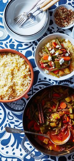 Our secret to a perfect Moroccan Vegetable Stew? One stick of cinnamon. It packs a big punch for a flavorful meal. Sign up for Martha & Marley Spoon today to get seasonal recipes and fresh ingredients delivered to your home each week!