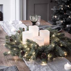 Blue Spruce Christmas Wreath Micro Light Bundle
