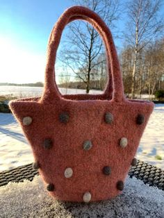 Liten veske til dame evt barn. Strikket i Drops Eskimo Needles Sizes, Purses And Handbags, Ravelry, Design, Purses