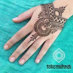 Amazing Advice For Getting Rid Of Cellulite and Henna Tattoo… – Henna Tattoos Mehendi Mehndi Design Ideas and Tips Henna Designs Easy, Beautiful Henna Designs, Latest Mehndi Designs, Henna Tattoo Designs, Henna Designs Feet, Beautiful Mehndi, Simple Designs, Cool Henna, Simple Henna
