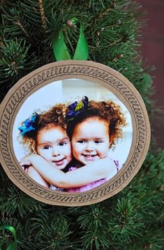 paper frame ornaments