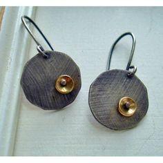 Elisa Shere earrings organic single disc drop