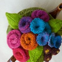 Tea cozies galore Mom you can make these ~~~ Knitted Tea Cosies, Tea Cozy, Teapots, Crochet Flowers, Free Knitting, Sewing Ideas, Tea Time, Tea Party, Crocheting