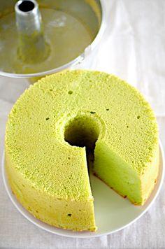 Pandan Chiffon Cake with Coconut Milk. Umm...YES!!!