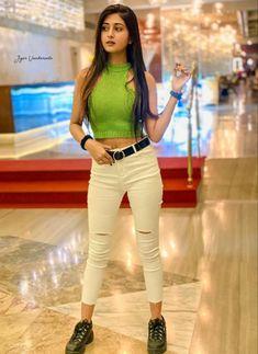 Lovely Girl Image, Cute Girl Poses, Cute Girl Photo, Girls Image, Stylish Girl Images, Stylish Girl Pic, Girl Pictures, Girl Photos, Girl Photography Poses