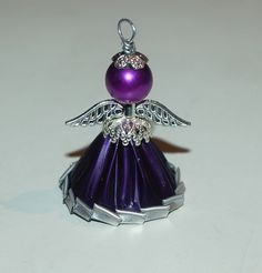 nespresso engel - Recycled Crafts, Diy And Crafts, Christmas Angels, Christmas Crafts, Dosette Nespresso, Beaded Angels, Coffee Pods, Bijoux Diy, Beads And Wire