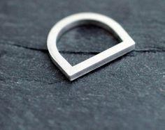 Silvery Adam Smile ring in solid silver par Minicyn sur Etsy