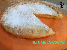 Con un tempo così incerto e un pò triste, perchè non coccolarci con una gustosa fetta di torta??? Vi consiglio la torta al limone con pasta frolla all'olio :p  #gialloblogs #giallozafferano #ricettadelgiorno #blogGZ #fattoincasa #faidate #ildolcemangiare #mangiaresano #mangiare #food #cibobuono #cibo #cibofattoincasa #ricetteveloci #ricettafacile #torta #limone #pastafrolla #pie #shakerlemon #fetta #fettatorta #dolce 