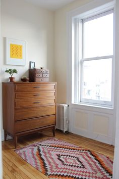 House Tour: Alana's Brooklyn Railroad | Apartment Therapy