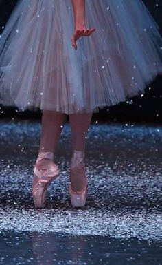 Beautiful ballerina.  Via @jena1125. #ballet #dance