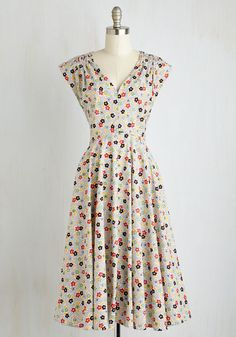 Beauty at the Bungalow Dress in Bouquet - Multi, Blue, Floral, Print, Daytime Party, Vintage Inspired, 50s, A-line, Sleeveless, Summer, Woven, Better, Long, Variation