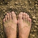 Pros and Cons of Barefoot Hiking