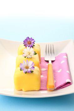 How to Make Petit Fours Tutorial - Tutorials - Cake Cakentral