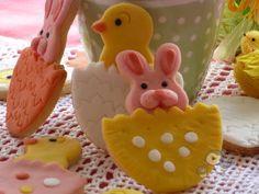 Puffin in cucina e non solo...Biscotti per Pasqua decorati in pdz