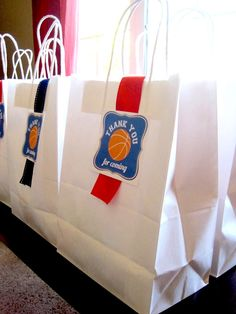 Customer Parties:: Basketball Birthday Party Feature
