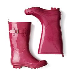 cc15e145b663 you know I love me a good rainboot. Love this classic looked in a punchy  pink
