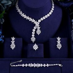 Luxury AAA cubic zirconia heavy necklace ,drop earrings ,bracelet and ring dubai full wedding bridal jewelry set for woman - Schmuck Ohrringe ect. Pearl Bridal Jewelry Sets, Wedding Jewelry Sets, Selling Jewelry, Jewelry Stores, Square Earrings, Drop Earrings, Gold Earrings, Diamond Necklace Set, Garnet Necklace