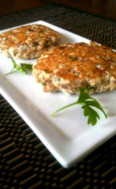 Tuna Patty's: 1 Can of Tuna (4oz) ● 1 TBS Ground Flaxseed  (not a fan of flax? Try adding in Chia Seed) ● 3 TBS Egg Whites ● 1 TBS chopped onion ● 1 TBS chopped parsley ● 1/2 Clove Garlic & some Garlic  Powder ● 1/2 TBS Lemon Juice ● Pinch of Salt & Pepper ●  Mix together in a bowl and form into two pattys with your hands.  Place on the frying pan 6-7 min. on each side. Dip in some Grey Poupon Mustard mixed with chopped onions.