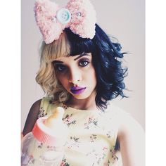 Find images and videos about music, melanie martinez and cry baby on We Heart It - the app to get lost in what you love. Melanie Martinez Style, Crybaby Melanie Martinez, Adele, Atlantic Records, Cry Baby, Crazy People, Love Her Style, Her Music, Cosplay Wigs