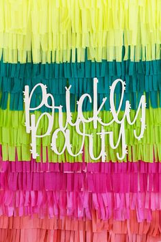 New Ideas For Vintage Party Backdrop Diy Paper Party Kulissen, Fiesta Theme Party, Party Time, Party Ideas, Party Hats, Desert Bachelorette Party, Bachelorette Party Decorations, Diy Backdrop, Vintage Party