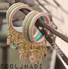 Fancy Gota Jewelery Designs to add Bling & Edge to your Look - NoGate Indian Jewelry Earrings, Indian Jewelry Sets, Jewelry Design Earrings, Indian Wedding Jewelry, Hand Jewelry, Jewelery, Indian Bangles, Jewelry Tags, Egyptian Jewelry