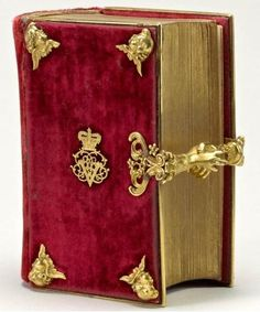 Presented to Queen Victoria by her mother, the Duchess of Kent, on her wedding day, 10 February 1840