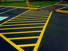 Maryville TN Parking Lot Striping in Knoxville TN: Sealcoating & Parking lot Striping in Knoxville,TN