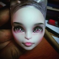 Мария Корпина Monster High Repaint, Monster High Dolls, Doll Eyes, Doll Face, Ooak Dolls, Art Dolls, Pokemon Dolls, Kawaii Doll, Monster High Custom