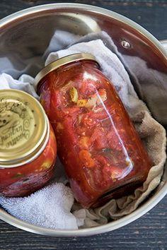 ROSII CU ARDEI SI USTUROI PENTRU IARNA | Diva in bucatarie Foodies, Jar, Canning, Salads, Jars, Drinkware