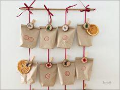 Adventný kalendár / Advent calendar - free tutorial Advent Calendar, Burlap, Reusable Tote Bags, Drop Earrings, Holiday Decor, Creative, Christmas, Free, Xmas
