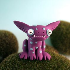 Beastlies - These Clay monsters by Leslie Levings are simply the coolest!