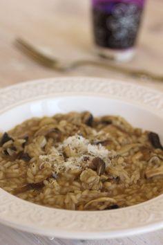 Risoto de cogumelos com manteiga de alho preto