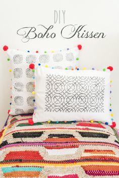 DIY   Bedruckte Boho Kissen Mit Pompoms