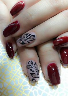 34 bright floral nail designs you should try for spring 2019 011 - Spring Nails Classy Nails, Stylish Nails, Cute Nails, Pretty Nails, Red Nails, Hair And Nails, Glitter Nails, Wedding Nails Design, Thanksgiving Nails