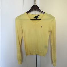 Ralph Lauren 100% cotton spring sweater, XS Perfect for a petite XS frame, on the small side. Which is why I listed as an PXXS. Yellow spring cotton pullover. Ralph Lauren Sweaters V-Necks