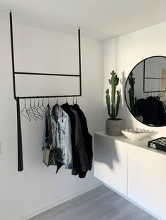 Apartment Bedroom Decor, Room Ideas Bedroom, Home Bedroom, Home Room Design, Home Interior Design, Minimalist Room, Aesthetic Room Decor, My New Room, House Rooms