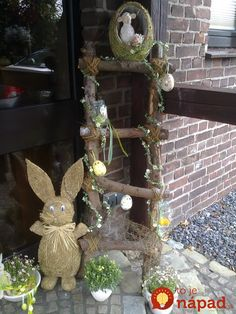 Easter decor should be a combo of easy and fun! Therefore, we have these amazing and Creative Outdoor Easter Decoration Ideas that you will love! Easter Tree, Easter Wreaths, Christmas Wreaths, Christmas Decorations, Christmas Ornaments, Holiday Decor, Winter Holiday, Tree Branch Crafts, French Country Christmas