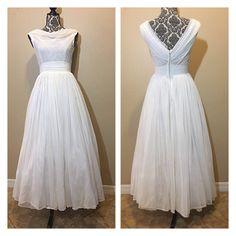 Vintage 1950s Wedding Dress   50s Wedding Dress   Vintage Wedding Dress   Offers taken into consideration