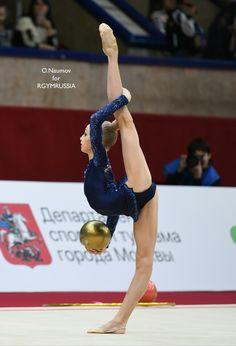 Вікторія Онопрієнко, Украіна Gymnastics Competition, Gymnastics Poses, Amazing Gymnastics, Acrobatic Gymnastics, Gymnastics Pictures, Sport Gymnastics, Rhythmic Gymnastics Leotards, Dance Photography Poses, Gymnastics Photography