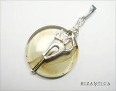 Zawieszka ze srebra i dymnego szkła. Cat on the Moon silver and glass pendant.