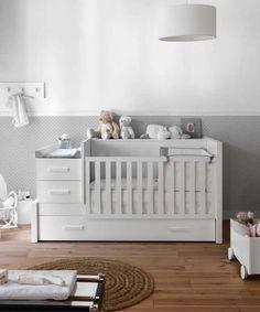 Habitación de bebe en tonos gris y blanco