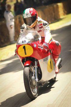 Giancomo Agostini on the MV Agusta 500 Three