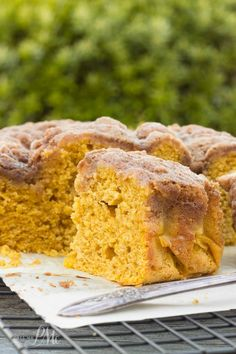 Easy Buttermilk Pumpkin Coffee Cake with Brown Sugar Streusel Recipe -Readers have told me this is the best coffee cake they've ever had. Spiced-pumpkin, super-moist, with the best pumpkin flavor. @libbyspumpkin @pmctunejones