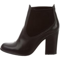 Pre-owned Stuart Weitzman Leather Pointed-Toe Ankle Boots ($125) ❤ liked on Polyvore featuring shoes, boots, ankle booties, black, leather ankle boots, black pointed toe booties, ankle boots, black booties and short black boots