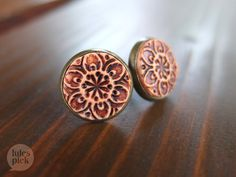 Rusty, distressed salmon colored earstuds ♥ perfect for those boho outfits!