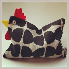 Little wheat rooster. Perfect as a heat pack or door stop. Three Birds, Heat Pack, Door Stop, Rooster, Sunglasses Case, Great Gifts, Unique Jewelry, Throw Pillows, Handmade Gifts