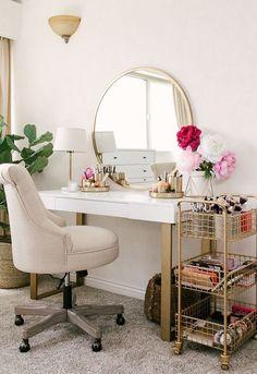 20 Best Makeup Vanities & Cases for Stylish Bedroom - Joligrace - . - 20 Best Makeup Vanities & Cases for Stylish Bedroom – Joligrace – … - Vanity Diy Bedroom, Bedroom Design, Bedroom Diy, Affordable Home Decor, Home Decor, Room Inspiration, Stylish Bedroom, Apartment Decor, Minimalist Bedroom